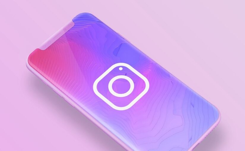 Instagram is testing a new multi-source mode for Stories